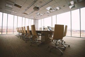 会社や学校での照明