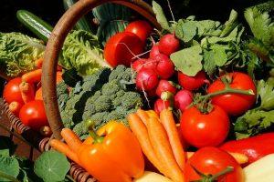 緑黄色野菜は油と一緒に摂ると吸収されやすい